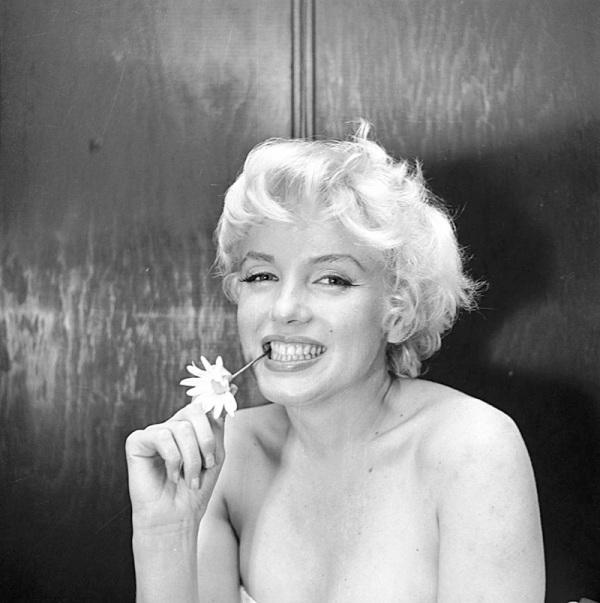 marilyn-monroe-cecil-beaton-1956