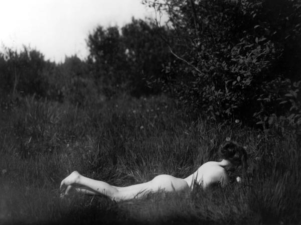 imogen-cunningham-desnudo-nude-Autorretrato