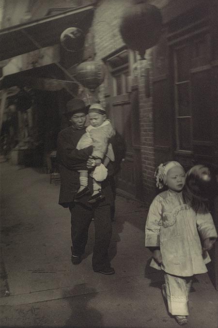 Arnold-Genthe-chinatown-san-francisco-08
