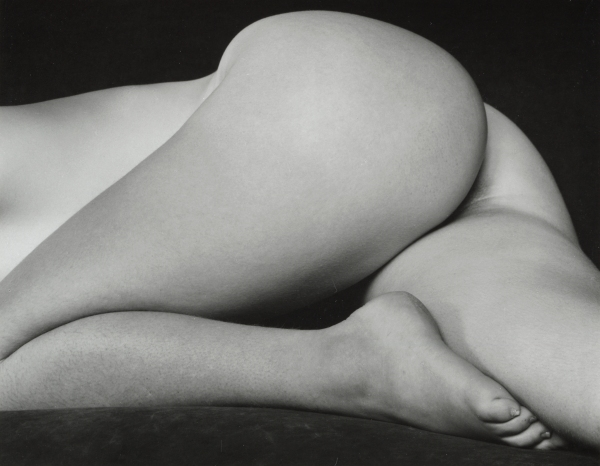 Edward-Weston-Nude-1934-©1981-Center-for-Creative-Photography-Arizona-Board-of-Regents