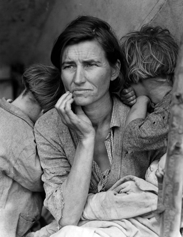 mother-migrant-dorothea-lange-family-of-man-moma