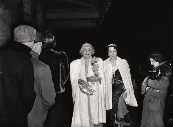 weegee-the-critic-1943-02