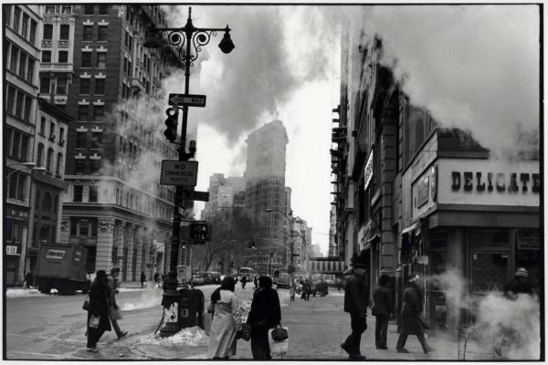 gilles-peress-flatiron-new-york-1982