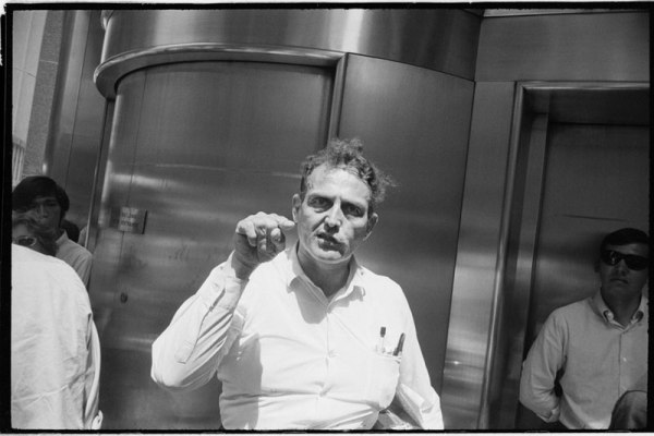 garry-winogrand-01